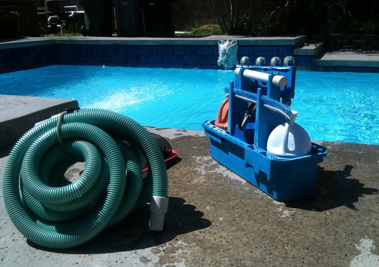 Canoga Park Pool Cleaning and Maintenance 1