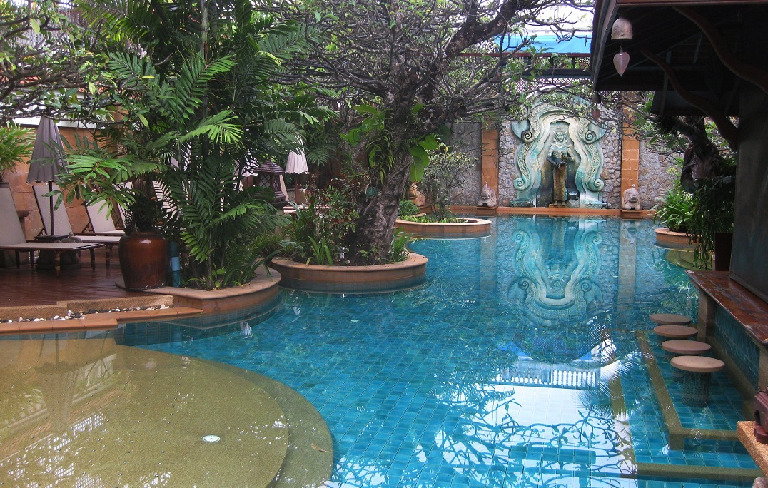 Encino Pool Service