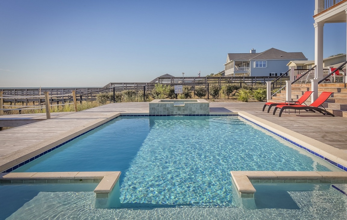 West Hills Pool Cleaning and Maintenance