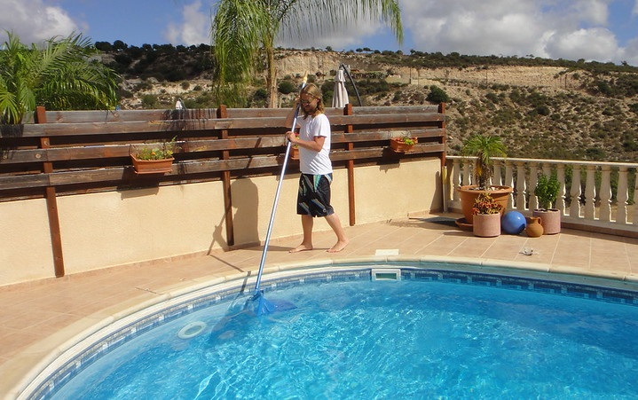 Physical Pool Cleaners