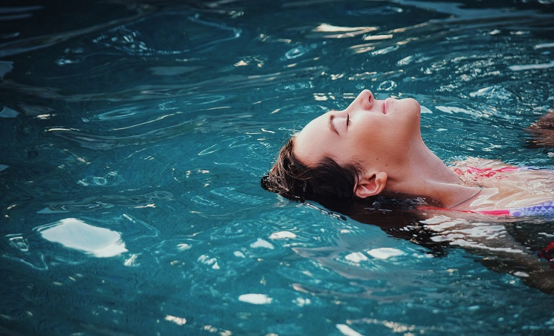 Why Cleaning Your Pool Is a Necessity