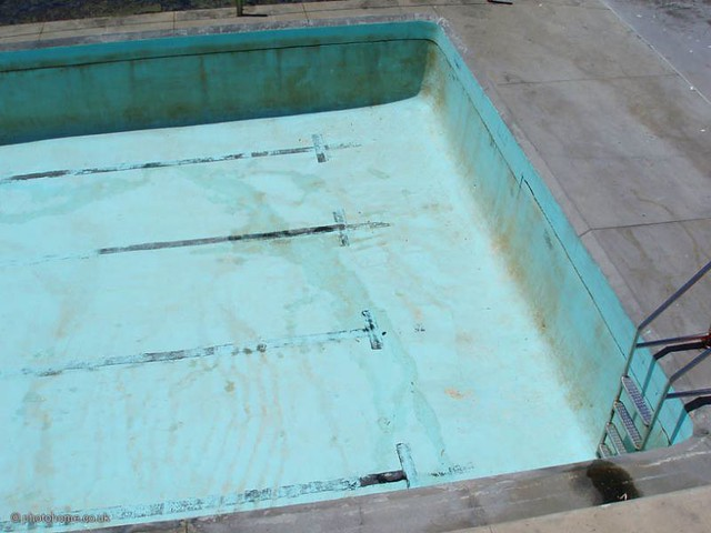 pool plaster stains