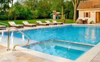 20 Things To Keep in Mind When Hiring a Pool Cleaning Service